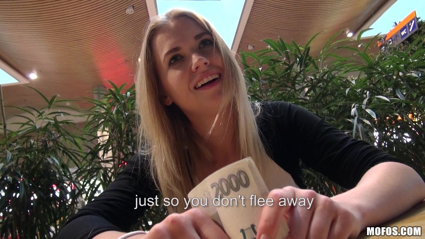 porno-pikap-blondinka