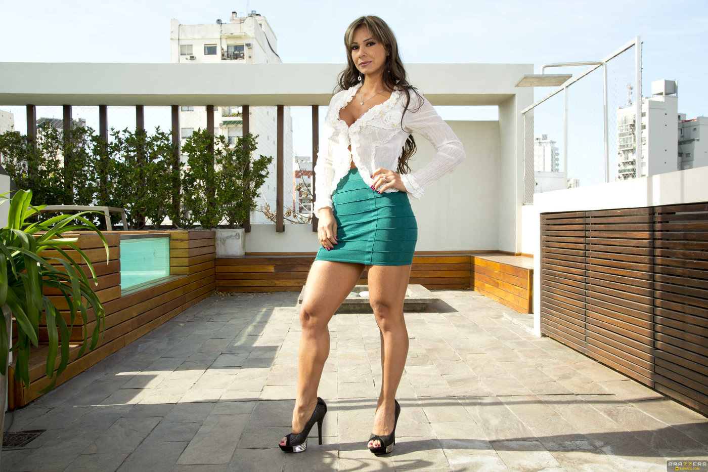 Ariella Ferrera - Huge Tits MILF Porn Babe 209 Links