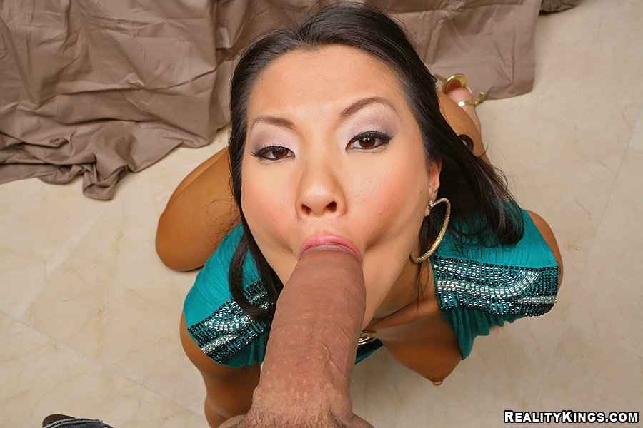 asian-chicks-white-dicks