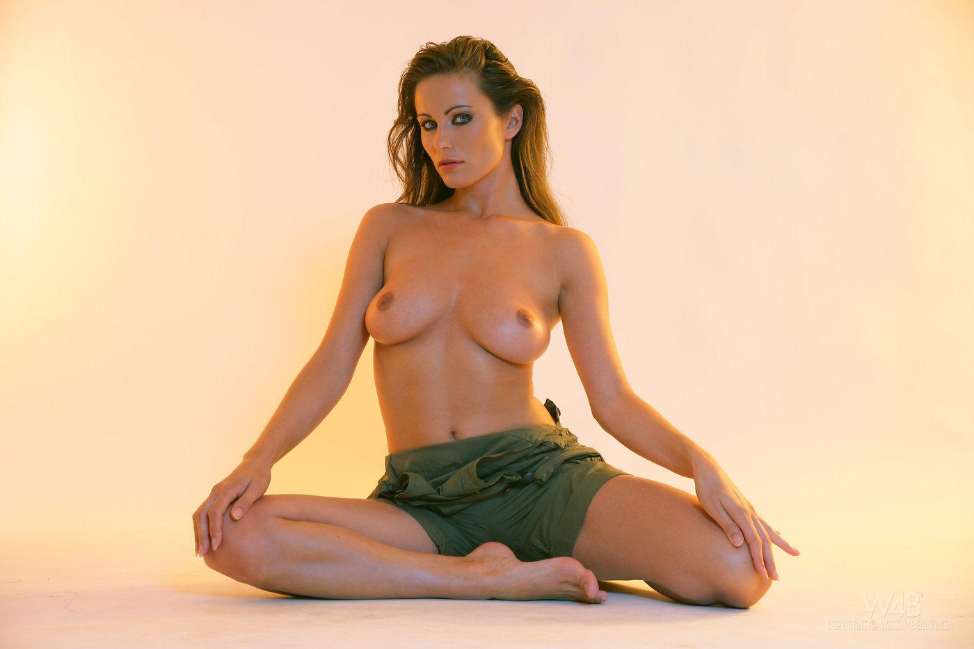 andrea-parker-naked