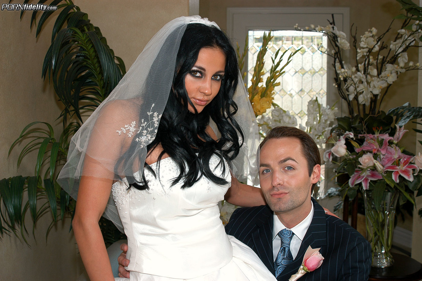 tanned brunette bride fucking some big-dicked dude on a king-sized