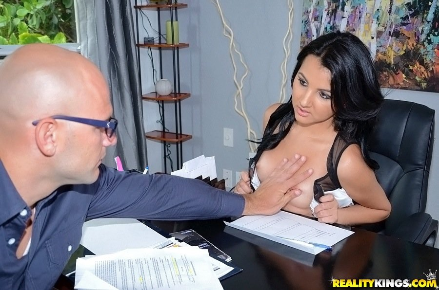Dark-haired beauty with a round booty fucked during an interview