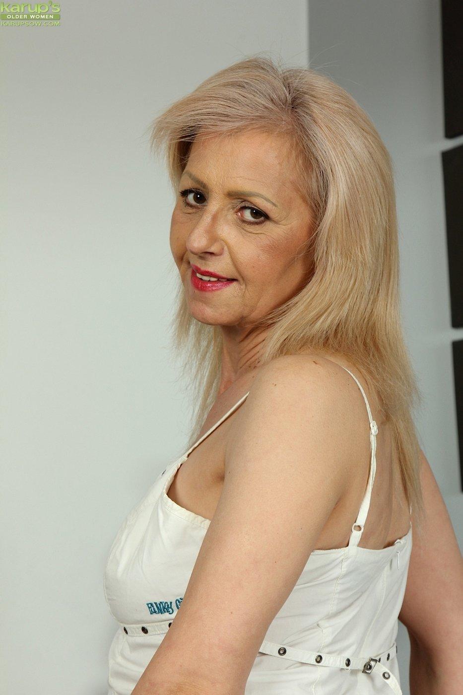 Pornhub huge natural tits hardcore