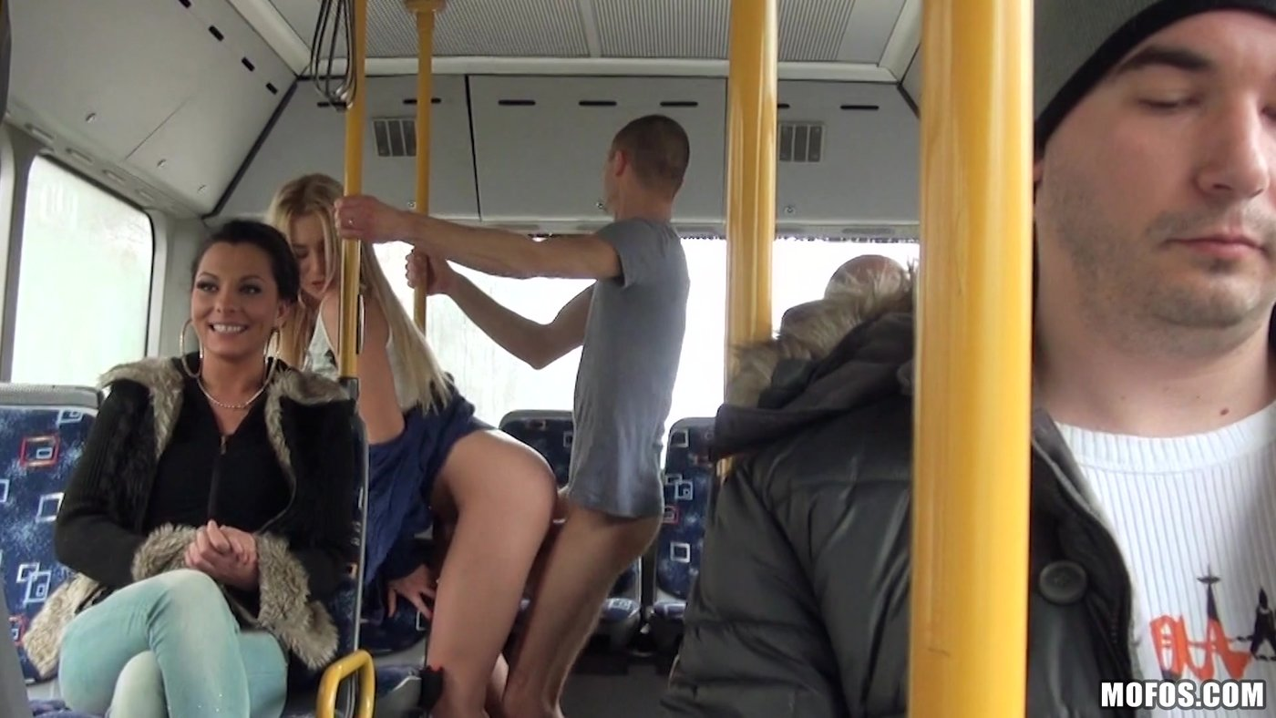 Public sex bus nude, large breasted naked woman in bed