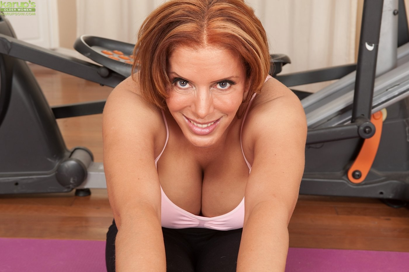 Milf in the gym