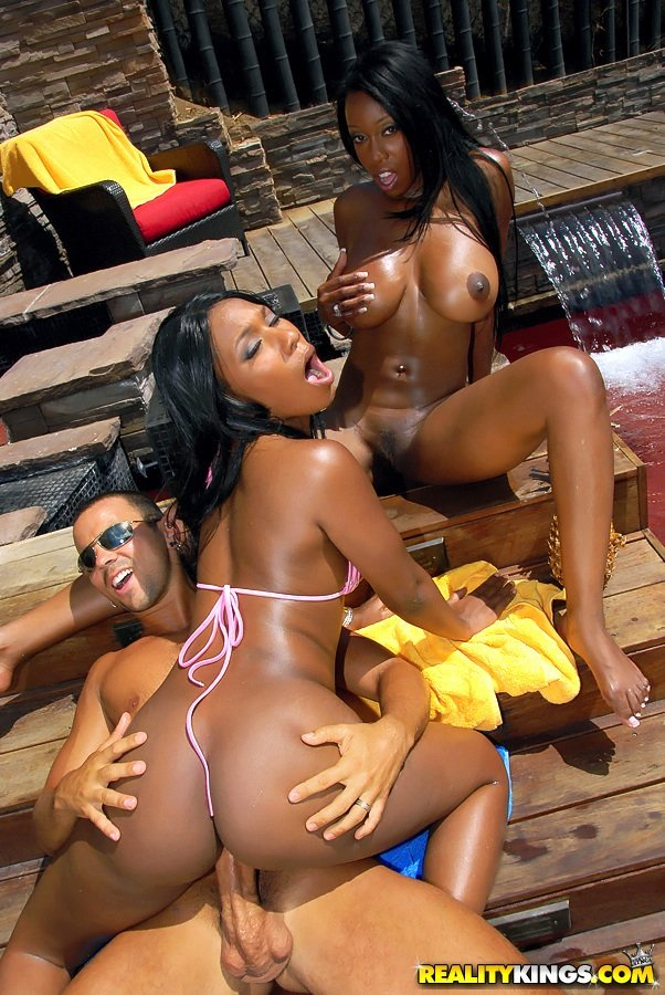 Luxurious black chicks with huge butts fucking a big-dicked stud