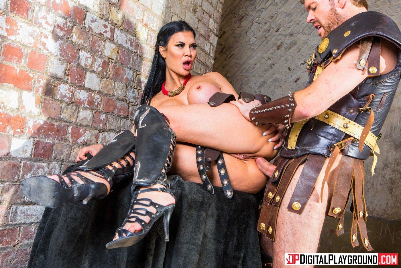 palets-popku-gladiator-porno-parodiya-art-foto-britoy