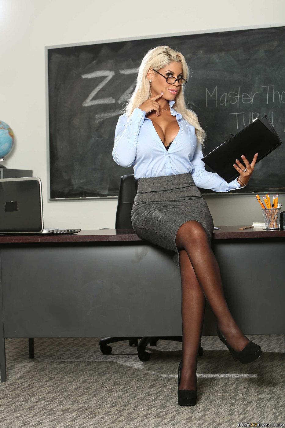 Busty blonde teacher fucks student Busty Blue Eyed Blonde Teacher Fucking Her Hung Student After Class Iamxxx Com