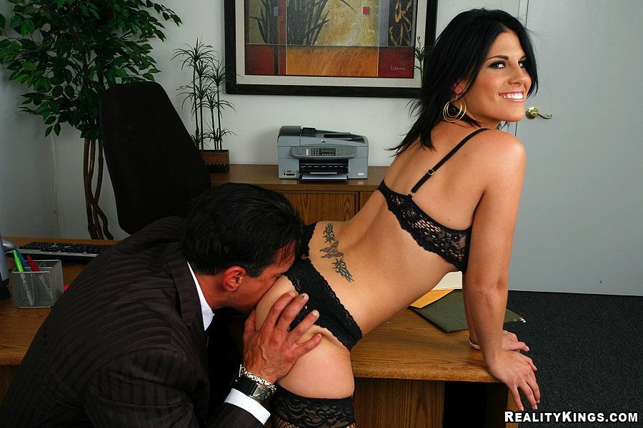 Tight skirt tanned brunette gets banged by her big-dicked boss