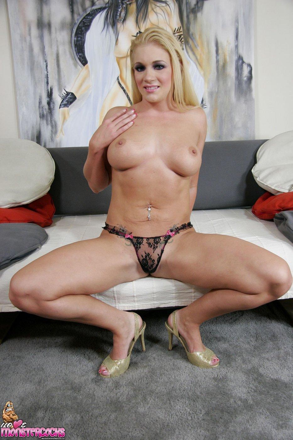 Self military shots female nude