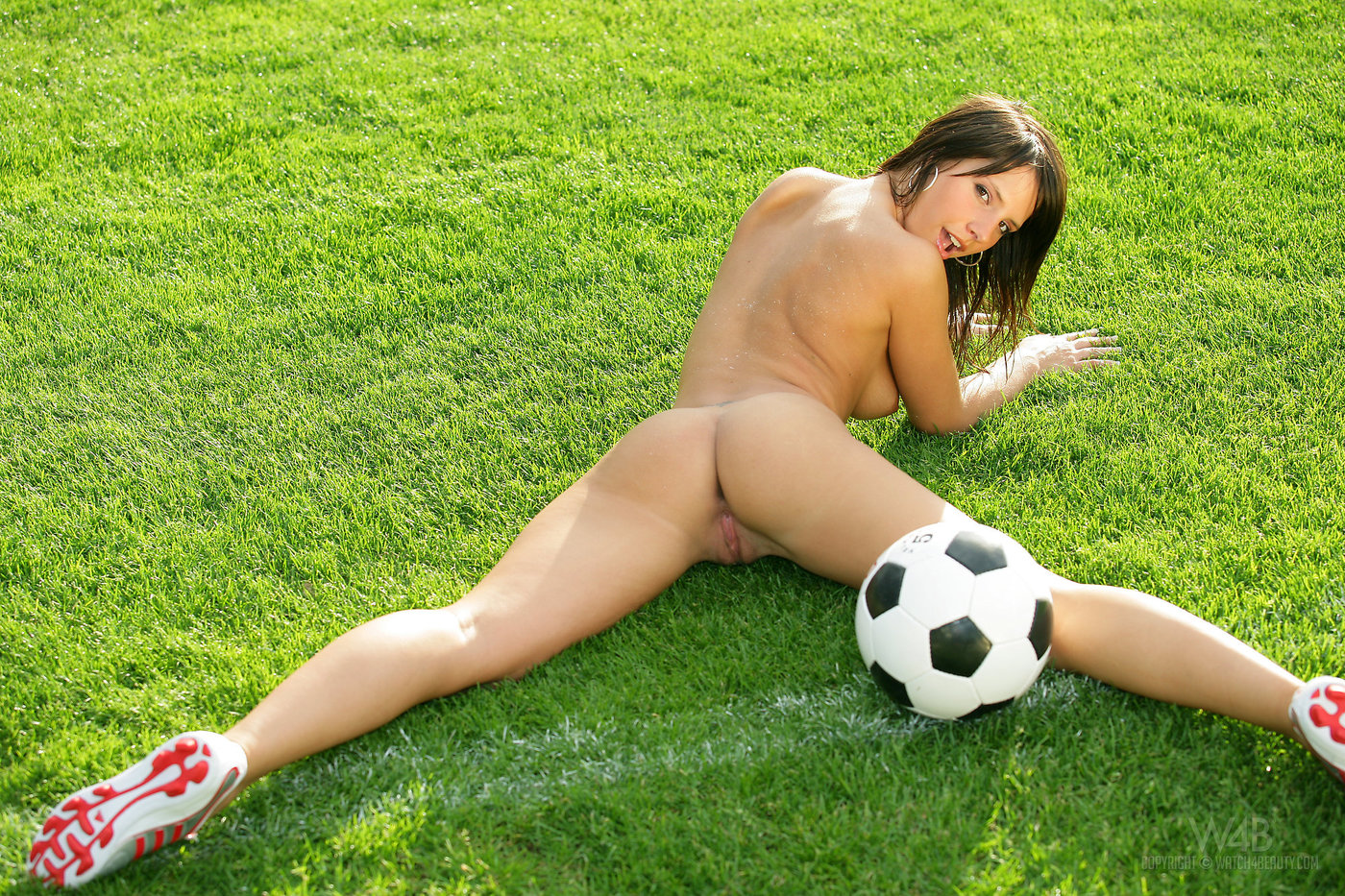 Football hotties nude blowjob, forced lesbian sex porn videos