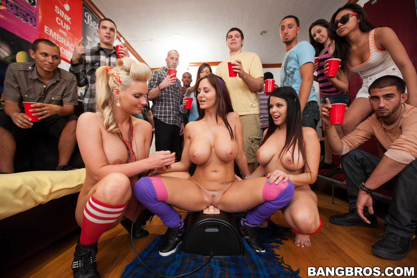 Секс вечеринка bangbros