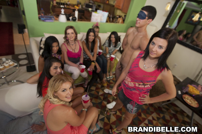 Latinas sex crazed party girls town hardcore sex