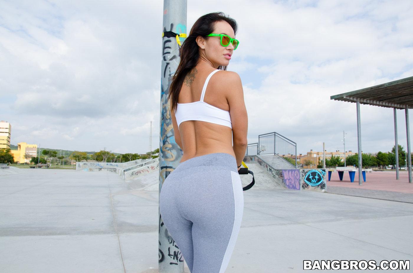 Hot women in yoga pants fucked